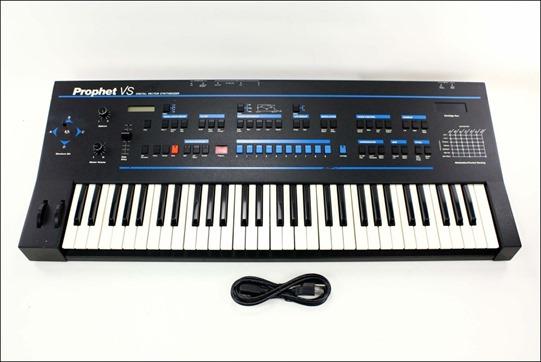 Музыкальные инструменты для iPad Часть 1 Sequential Circuits Prophet VS